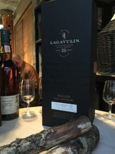 lagavulin_25ans_package